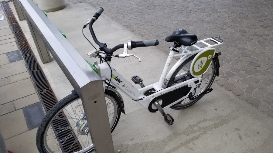 An electric city bike in Aspern. The main Vienna Citybike company couldn't support a system in the district, so these are operated by the development company.