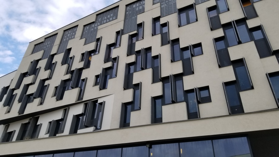 The D4 Building on the WU Vienna campus.