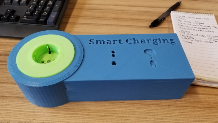 The Smart Charging device. One end plugs into a standard outlet, while you can plug your devices into the other.