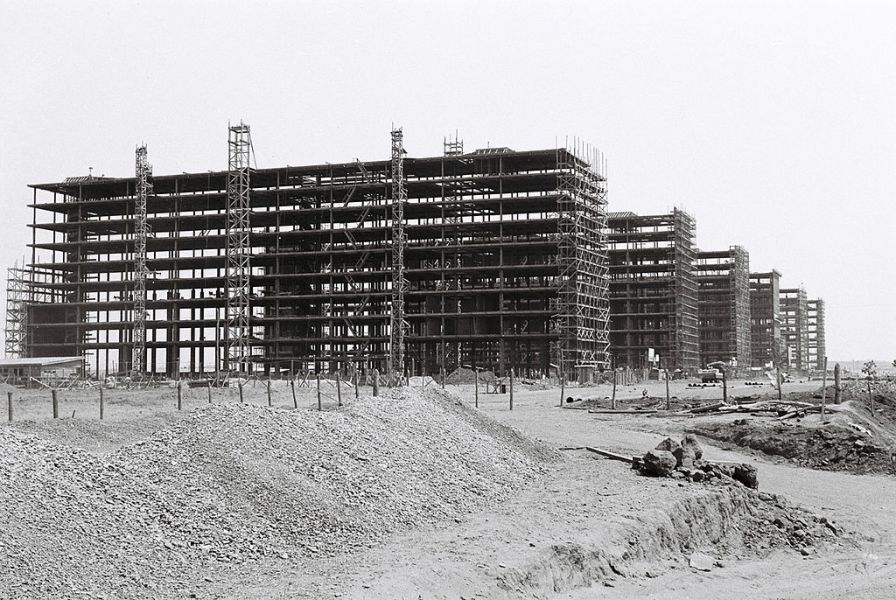 Ministerial Buildings under construction in Brasilia, Brazil. Credit: By Unknown - Arquivo Público do Distrito Federal, CC BY 3.0,