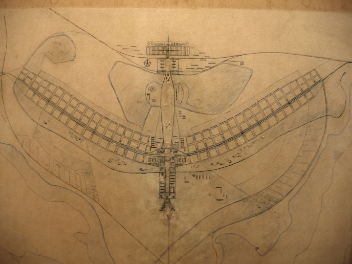 The original plan for Brasilia, by Lúcio Costa and Oscar Niemeyer. Credit: By אורי ר., CC BY-SA 3.0, https://commons.wikimedia.org/w/index.php?curid=3355646